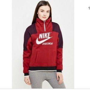 Nike women's half zip vintage style pullover